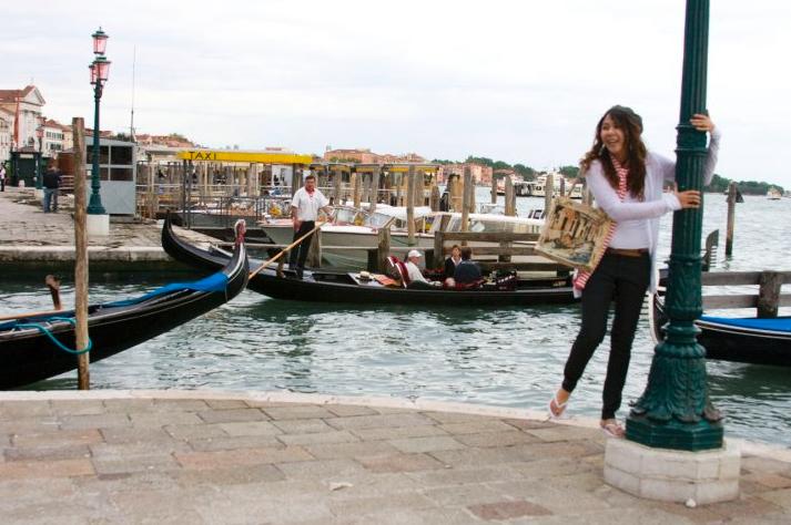 venice-italy-gondola-europe-ride