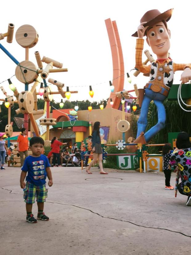 baby in disneyland toddler two years old