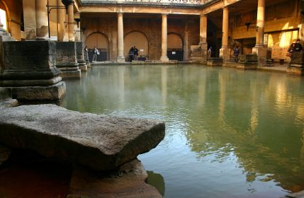 roman-baths-in-bath-london-day-trip
