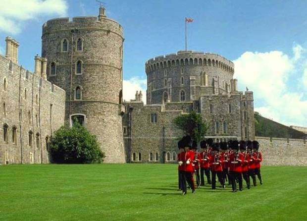 windsor-castle-guards-21-1