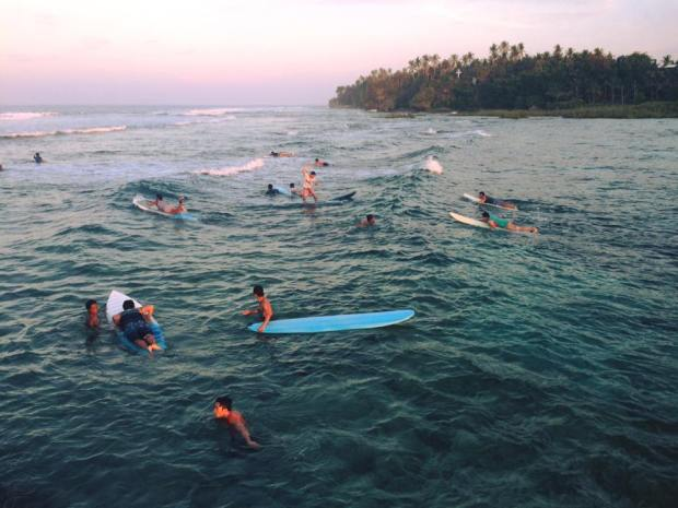 surfing ettiquette.jpg