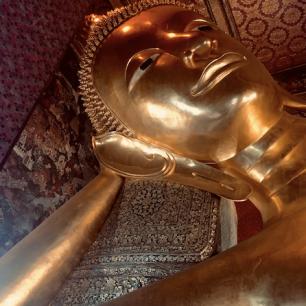 face of reclining buddha