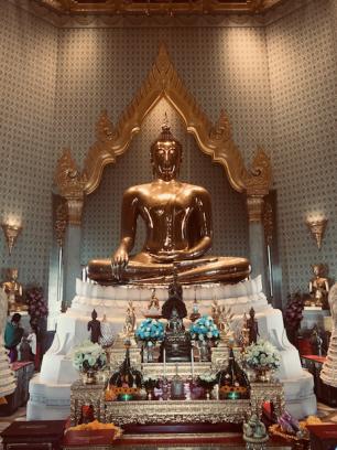 golden buddha statue thailand bangkok