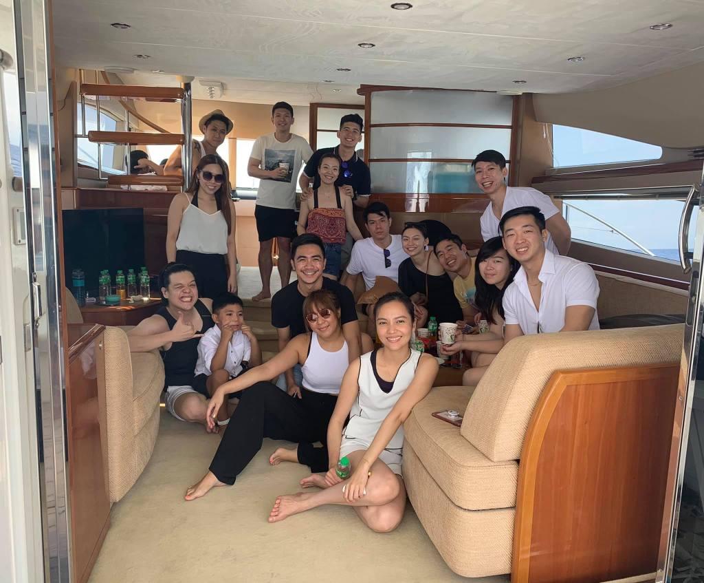 Yacht Birthday Cruise | Postcardpretty.com
