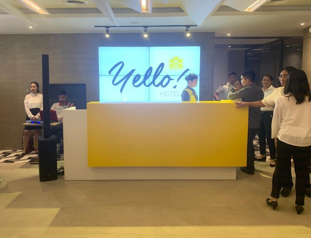 Yello Hotel | Postcardpretty.com